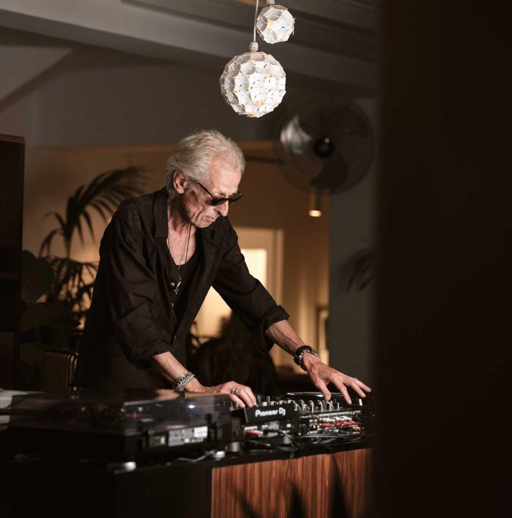Hans Havenaar - Resident DJ